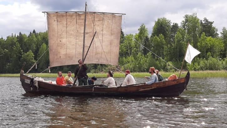 В Ленобласти предложили катать туристов на ладье от Старой Ладоги до Лодейного Поля