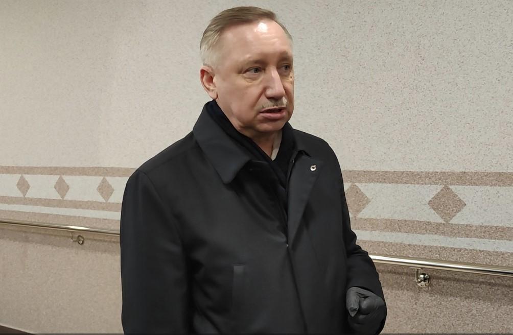 Беглов без маски прокомментировал концерт Басты на фоне второй волны COVID-19