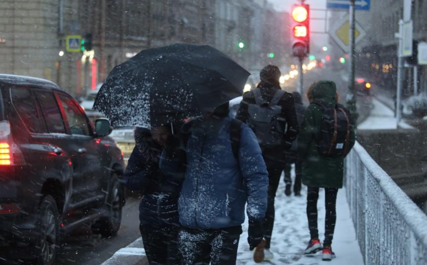 Ночь перед 8 марта: в Петербурге столбики термометров опустились до -5