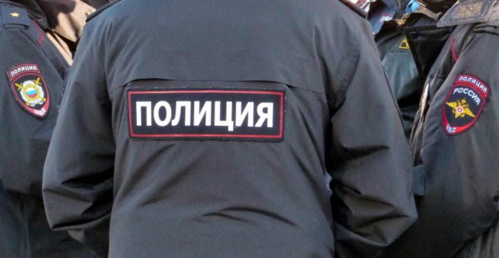 В Кингисеппе угнали автомобиль за 7 млн рублей