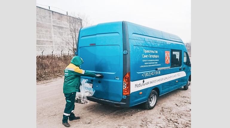 В Петербурге экологические аварийные службы приняли 180 обращений за неделю