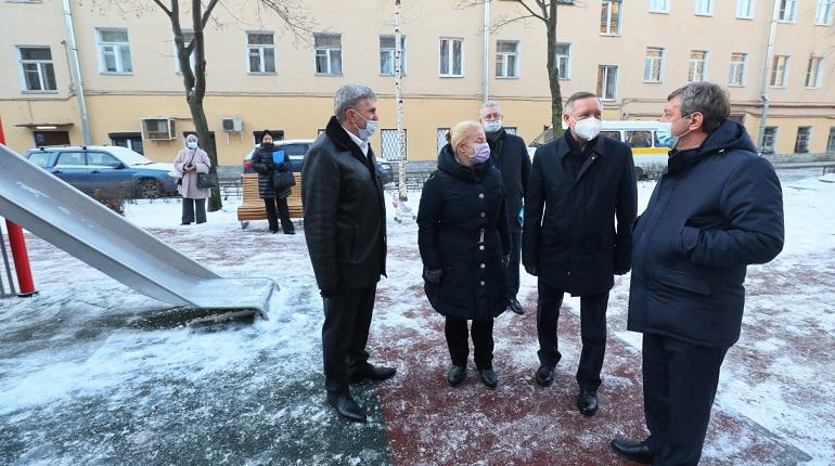 Беглов оценил благоустройство двора на Гороховой улице