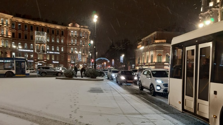 Петербург пережил самую холодную ночь этой зимы