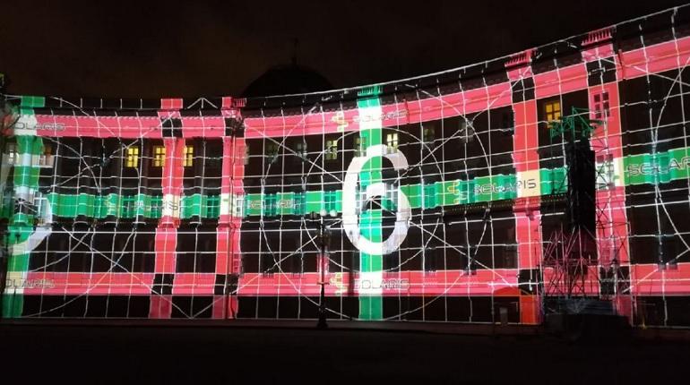 На Дворцовой площади прошла генеральная репетиция3D-спектакля