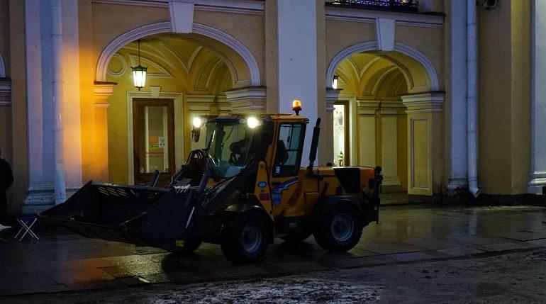 В Петербурге запустили первый агрегат по приготовлению песко-соляной смеси