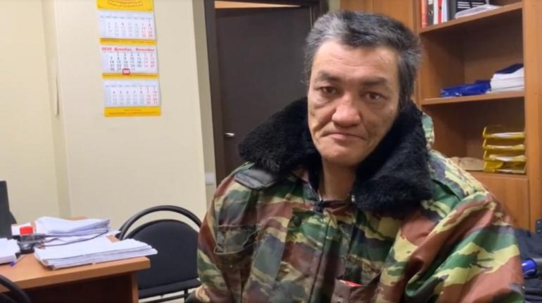Инвалида-десантника с Дня ВДВ насильно удерживали в квартире на Флотской