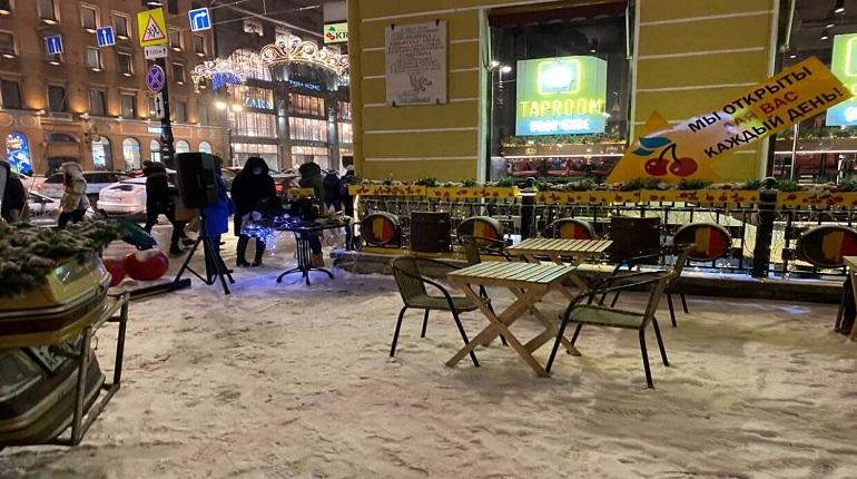 Петербург потерял рекордные 90% туристов на новогодних праздниках