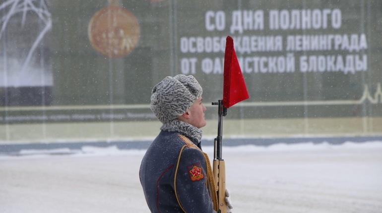 Петербург начинают украшать ко Дню снятия блокады