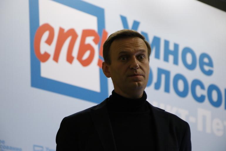 Граффити-портреты Навального могут появиться на объектах Ленэнерго, спасибо депутату Четырбоку