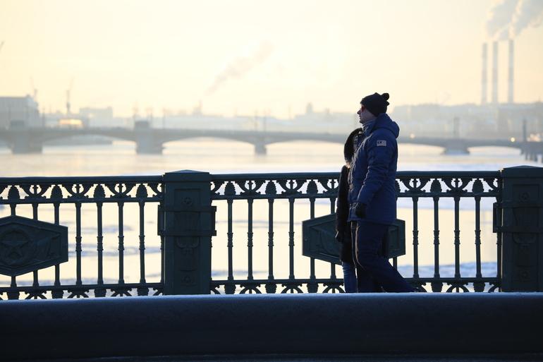 Петербуржцев предупредили о морозе в -20 в ночь на четверг