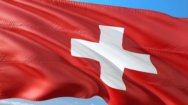 В Швейцарии сообщили о распространении нового штамма коронавируса