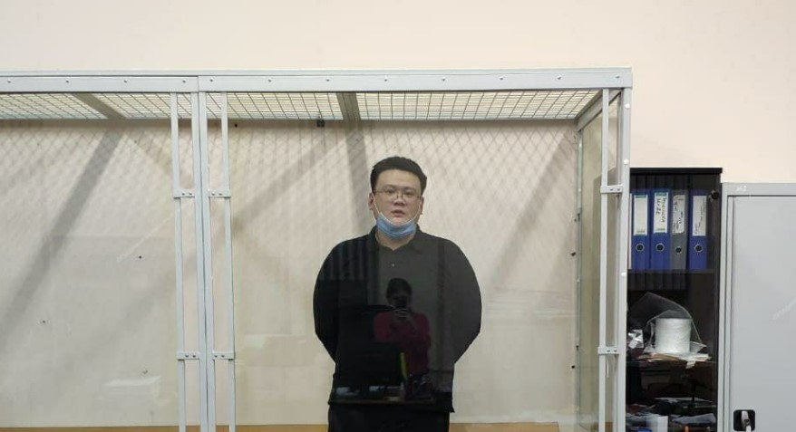 Пять защитников и переводчик не помогли адвокату Хуэю Вану избежать ареста