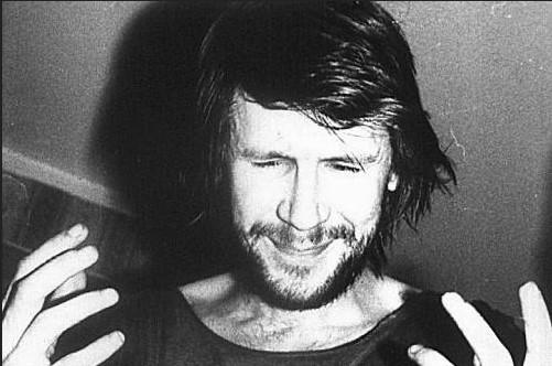 Умер лидер культовой ленинградской рок-группы «Выход» Сергей Селюнин