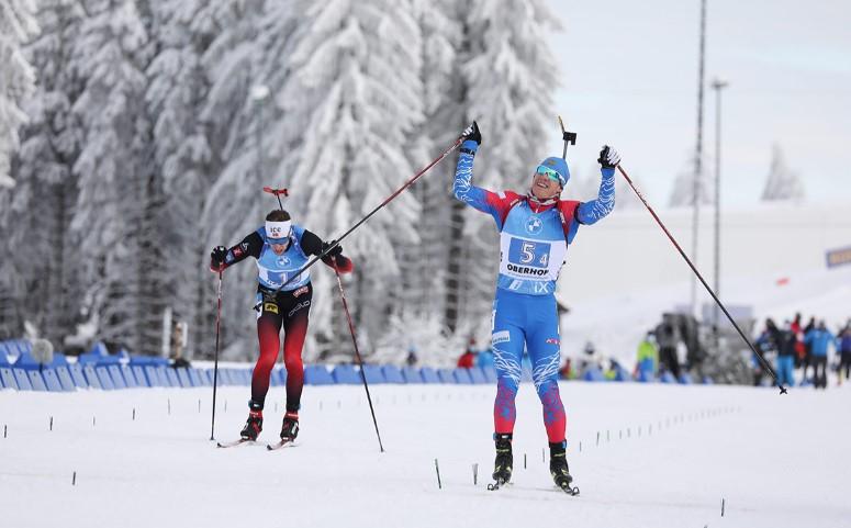 Сборная России по биатлону завоевала золотые медали в смешанной эстафете в Оберхофе