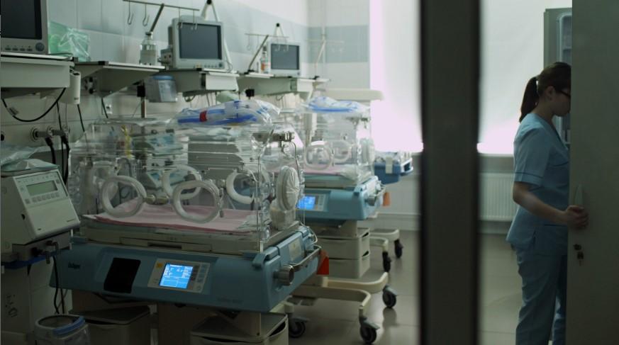 Первой новорожденной в Ленобласти в 2021 году стала девочка Таисия