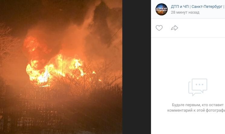 СК назвал возможную причину пожара с тремя погибшими в Парголово