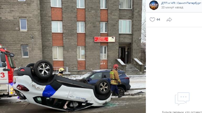 Врачи проверяют, был ли пьян виновник ДТП с каршерингом на Шаврова