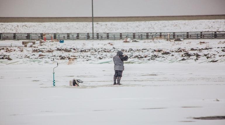 МЧС призвало рыбаков не выходить на лед
