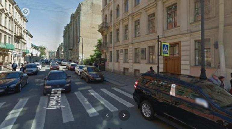 Сквер в Кузнечном переулке снова может остаться без защиты