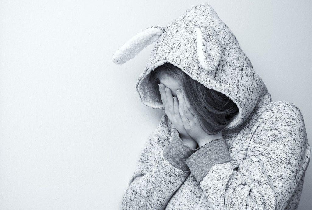 Еще одна школьница оказалась жертвой педофила в Красносельском районе