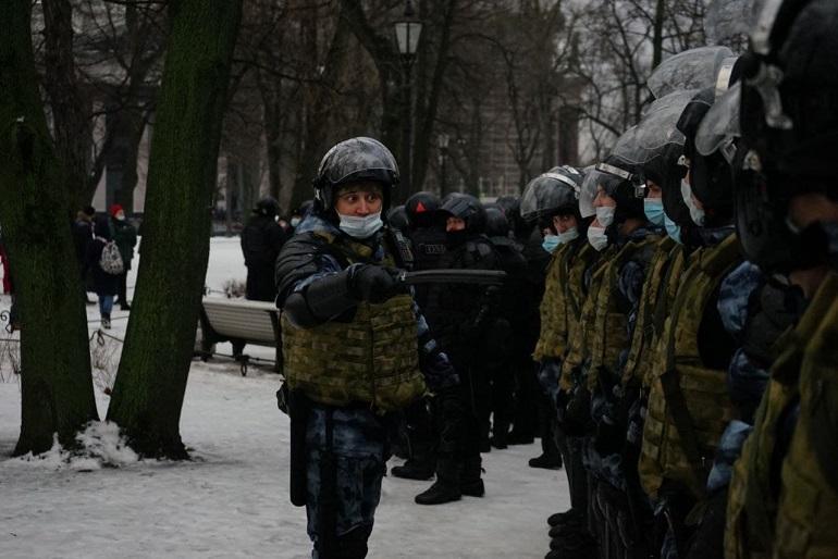 Как Беглов и правительство отработали свой первый митинг