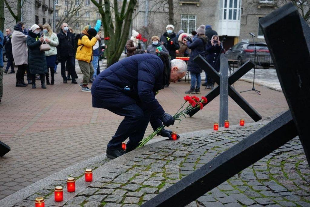 Фоторепортаж Мойки78: петербуржцы почтили память погибших в годы блокады на акции «Свеча памяти»