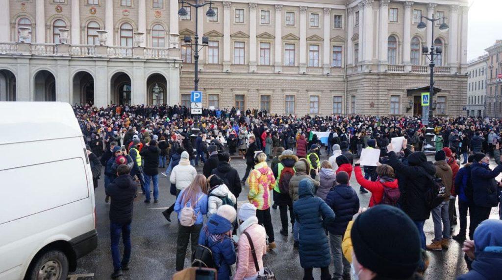 Дело против глухонемого петербуржца из-за протестной акции прекратили
