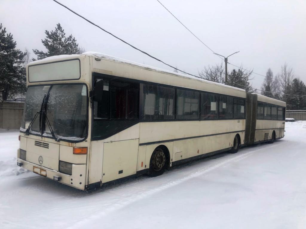 Кингисеппская таможня изъяла более 30 иностранных автобусов