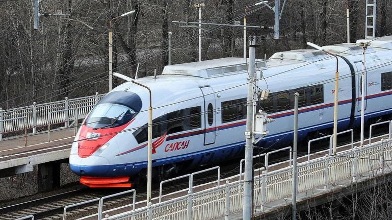 Петербуржцы ездят в Москву чаще других россиян