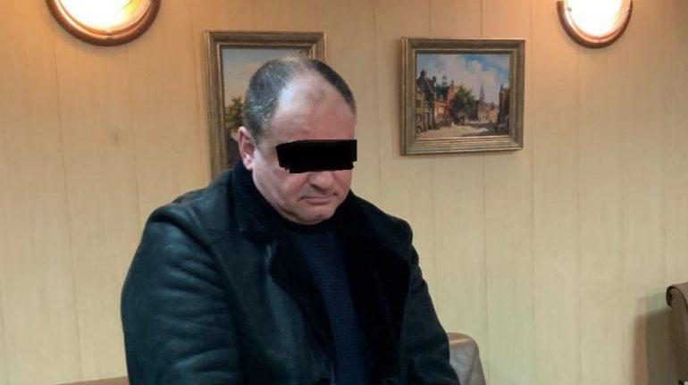 Депутата из Ленобласти задержали по подозрению в мошенничестве на 3 млн, следствие ведет Петербург