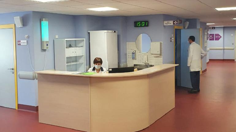 Петербуржцы смогут записаться на прием к врачу по номеру «122»