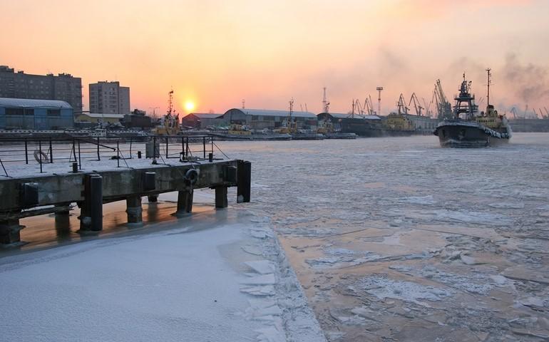 В порту «Санкт-Петербург» построят комплекс хранения нефтепродуктов