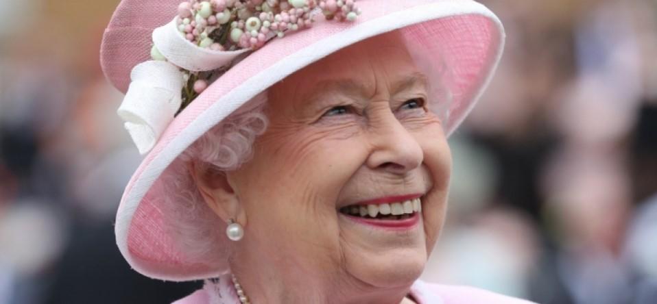 Королева Англии сравнила пандемию коронавируса с эпидемией чумы