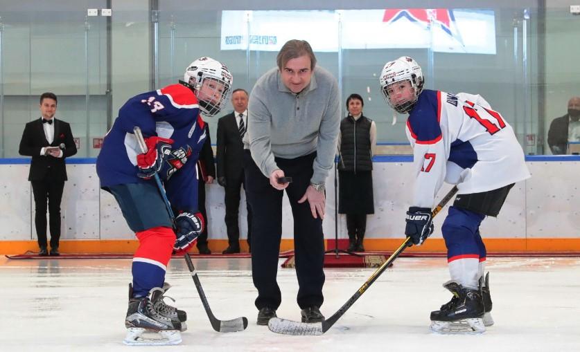 В Петербурге открыли хоккейную академию имени Валерия Харламова