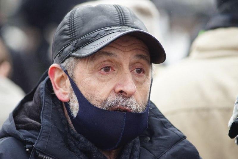 Депутат Вишневский: возложение цветов не требует согласования властей