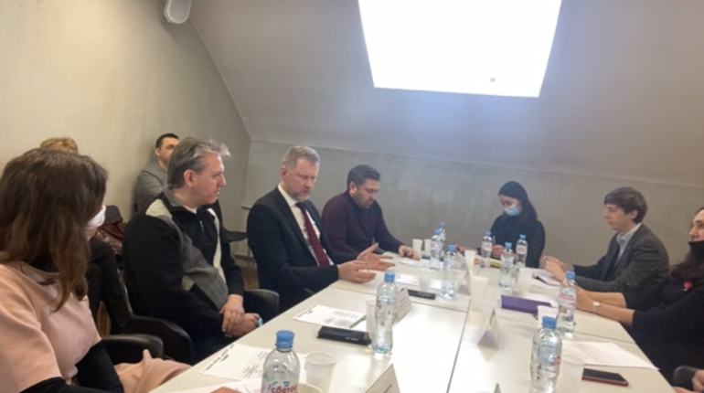 Малинин на круглом столе Мойки78 объяснил «засаливание» улиц Петербурга