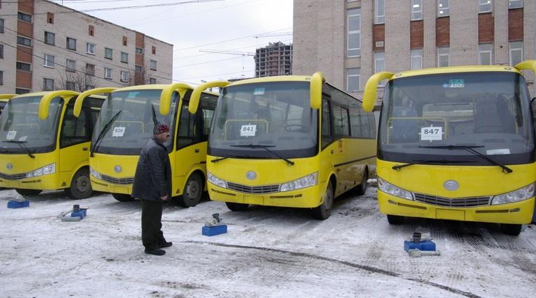 Автобус «Третьего парка» загорелся на Приморском шоссе