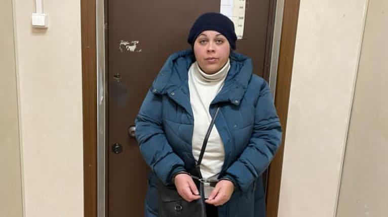 В Волхове задержали «продавщицу меда», подозреваемую в краже у пенсионерки