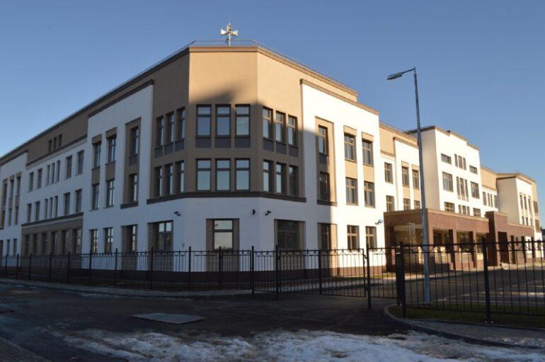 В «Балтийской жемчужине» достроили пятиэтажную поликлинику