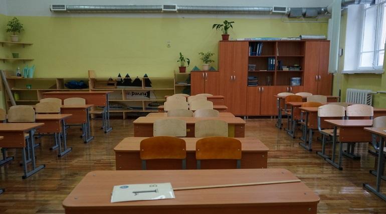 Либо секс, либо уроки: администрация школы поставила ультиматум петербургской учительнице