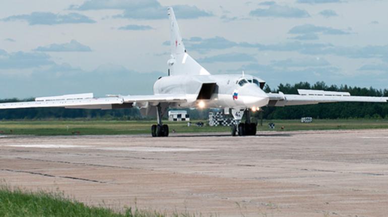 Россиянкам с 1 сентября хотят разрешить обслуживать самолеты и работать авиамеханиками