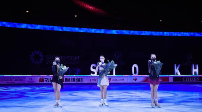 Российские фигуристки впервые заняли весь пьедестал на ЧМ