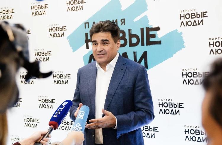 «Новые люди» внесут в Госдуму законопроект о легальном методе избежать службы в армии