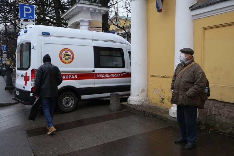 Мариинская больница возвращается к обычному режиму работы