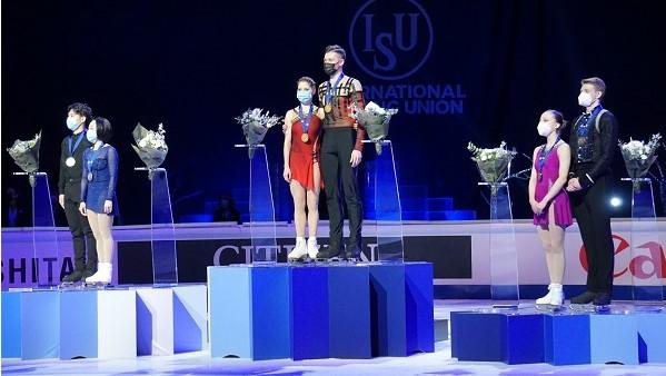 Беглов поздравил петербургских фигуристов с победами на ЧМ в Стокгольме