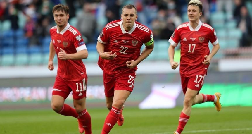 Дзюба оформил дубль в матче со Словенией