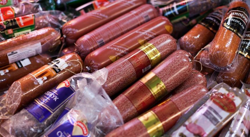 Врач-онколог заявил, что колбаса может быть вреднее сигарет