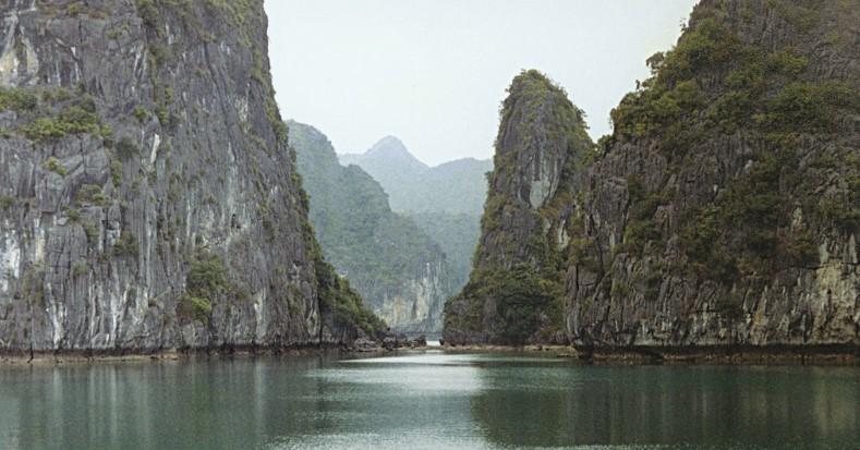 Вьетнам планирует возобновить прием туристов сиюля