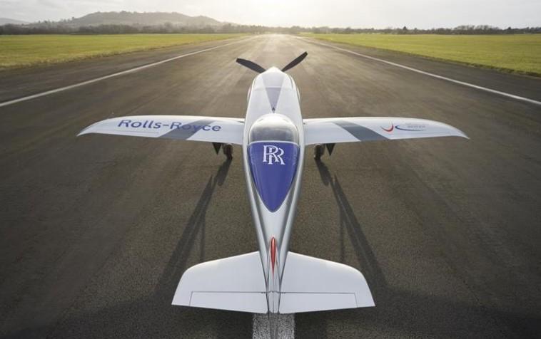 Rolls-Royce провела наземные испытания электросамолёта