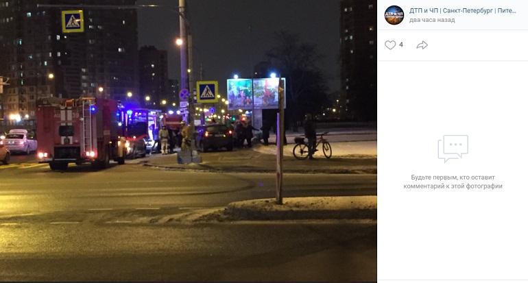 Пьяный водитель сбил девушку на перекрестке Космонавтов и Орджоникидзе